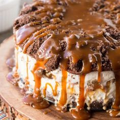 Salted Chocolate + Caramel Ice Cream Cake is out of control! Sweet and salty frozen heaven!