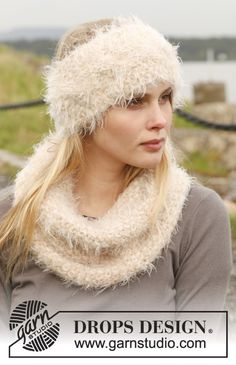 Knitted DROPS head band and neck warmer in seed st with cable in Symphony.  Free pattern by DROPS Design.