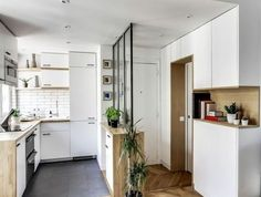 a smart remodel for a small space in paris rta cabinets cabinets online and kitchen design. Black Bedroom Furniture Sets. Home Design Ideas
