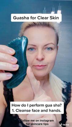 Face Yoga Exercises, Gua Sha Facial, Facial Yoga, Face Massage, Face Contouring, Massage Techniques, Face Skin Care, Cleansing Oil, Tips Belleza