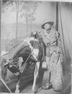 Antique Studio Photo of Black American Cowboy in Woolie Chaps Black Cowgirl, Cowboy And Cowgirl, Vintage Cowgirl, Cowboy Art, Real Cowboys, Black Cowboys, Cowboy Horse, The Lone Ranger, Hip Hop Art