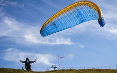 #Paragleiten in #Kössen © kaiserwinkl.com Paragliding, Infinite, Freedom, Animals, Travel Advice, Viajes, Liberty, Political Freedom, Animales