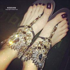 47.61$  Buy here - http://ali09e.shopchina.info/go.php?t=32381231348 - Koovan Women Sandals 2017 New European American Fashion Women Shoes With Flats Sandals Flip Flat rhinestone Roman Leather Shoes   #magazineonline