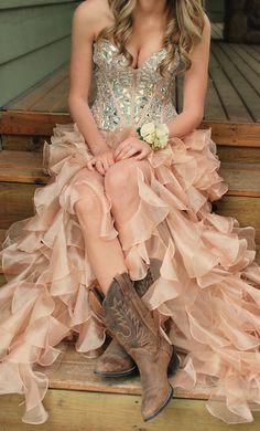 Beautiful gold and silver dress with ruffled skirt, sweetheart neckline, and chunky beaded bodice... and cowboy boots!!