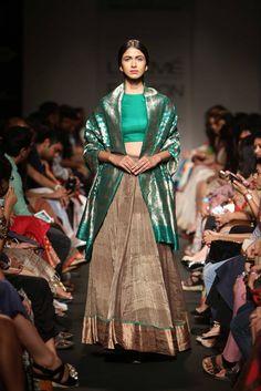 Sanjay Garg Gold With Green At Lakme Fashion Week Designer Bridal Lehenga, Ethnic Outfits, Indian Outfits, Indian Clothes, Bodycon Outfits, Embroidery Suits Design, Indian Bridal Fashion, Most Beautiful Dresses, Bollywood Fashion