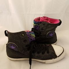 CONVERSE ALL STAR GLITTER MULTI COLORED SIZE 2 HIGH TOP CHUCK TAYLORS YOUTH