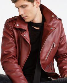 Essenciais de outubro | O típico casaco estilo rock star #Zara