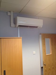 mitsubishi electric pkarp35 wall mounted unit by nottingham air via flickr - Air Conditioner Wall Unit