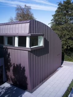 Stupefying Cool Tips: Patio Roofing Pools roofing house modern.Shed Roofing Dormer green roofing construction.Shed Roofing Portico. Corrugated Roofing, Modern Roofing, Steel Roofing, Corrugated Metal, Tin Roofing, Roofing Shingles, Roof Architecture, Concept Architecture, Wooden Terrace