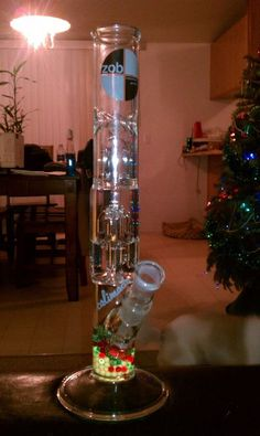 Stoner set up, you gotta have diffuser beads and video games ...