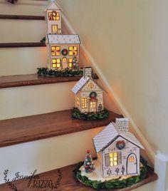 Casitas navideñas iluminadas para escaleras con moldes ~ lodijoella Más