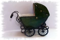 Throrough tutorial (not beginner) to make a traditional pram | Source: The Miniatures of Beatrice