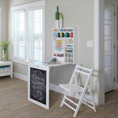 mesa plegable, ideal para espacios pequeños