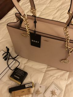 687ecb72523 40 Best Bags and bobs images in 2019 | Purses, handbags, Shoes, Side ...