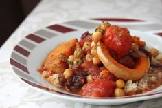 Chickpea butternut squash tagine | One Green Planet Tip: Try amaranth for a gluten-free option