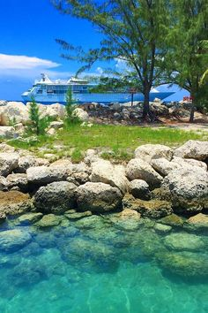 CocoCay | Step off the ship and into paradise when you venture to this Royal Caribbean private destination. Pictured: Grandeur of the Seas.