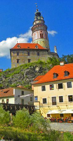 How do I write an essay about Czech Republic?