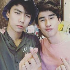 Make It right the série Book And Frame, Wattpad, Kpop Guys, Thai Drama, Sweet Couple, Find Picture, Drama Series, Couples In Love, Cute Gay