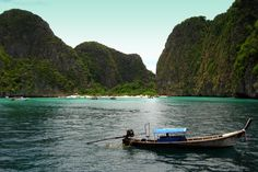 Koh Phi Phi, Maya Beach, Thailand