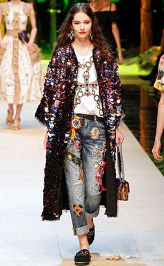 Dolce And Gabbana: Best Looks From Milan Spring 2017