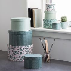 Graceful storage with an infinite amount of possibilities, as Clara says. Boxes, price per item from DKK 7,90 / ISK 218 / SEK 9,90 / NOK 11,80 / EUR 1,13 / GBP 0,98