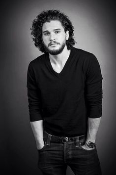 Kit Harrington X Jon Snow . best actor for the best character Kit Harington, Jon Snow, Jon Schnee, Kit And Emilia, Beautiful Men, Beautiful People, Amazing People, Pretty People, King In The North