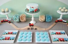 Celebrate with a train baby shower! Adorable train decoration ideas, cakes, DIY train favors and more! Thomas The Train Birthday Party, Trains Birthday Party, Baby Boy Birthday, Third Birthday, 4th Birthday Parties, Birthday Themes For Boys, Birthday Ideas, Zug Party, Transportation Birthday