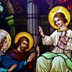 Detail from Finding of Christ in the Temple, a stained glass window located in the Eucharistic Chapel at Marquette University's Alumni Memorial Union.