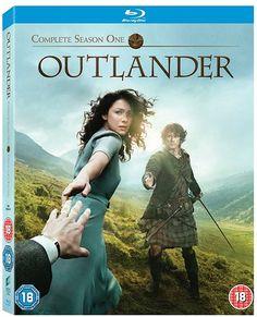 Outlander - Complete Season 1 [Blu-ray]: Amazon.ca: Caitriona Balfe, Sam Heughan, Tobias Menzies: DVD