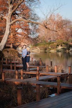 saint louis wedding photographer | ashley fisher photography | engagement picture ideas | must have photos | mobot engagement pictures | missouri botanical garden japanese gardens | www.ashleyfisherphotography.com