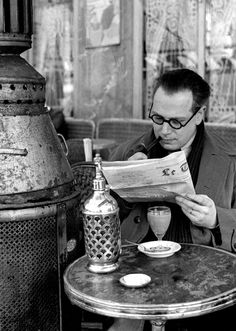 Cafe, Paris 1930's photo by Fred Stein