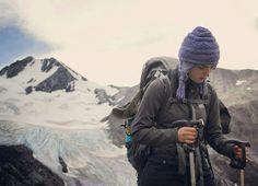 Caminando junto al glaciar del cerro amistad. Circuito grande, Torres del Paine. www.selkn.cl  Primera capa K'mal + gorro Kominken.  #hechoamano #glaciar #selknamhandmade #selknam #selkn #torresdelpaine  #torresdelpainenationalpark #patagonia #outdoor #Chile