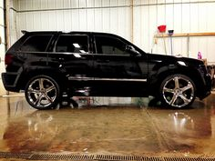 Jeep SRT8 on 22's