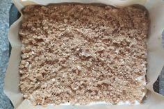 Hrnčekový jablkový koláč bez miesenia, recept | Tortyodmamy.sk Krispie Treats, Rice Krispies, Healthy Sweets, Desserts, Tailgate Desserts, Deserts, Postres, Clean Eating Sweets, Dessert