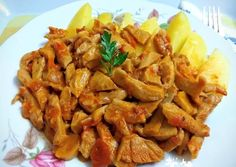 Kung Pao Chicken, Meat, Ethnic Recipes, Food, Mushrooms, Red Peppers, Essen, Meals, Yemek