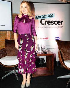 De ontem... Para quem pediu para ver melhor o look: saia  blusa ( apaixonada pelo corte e tecido) da @tigresseoficial e sapato YSL ! Gostam? by blogaskmi