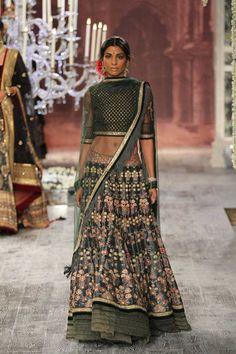 FASHIONALISTICK • TARUN TAHILIANI  2016 couture collection INDIA...