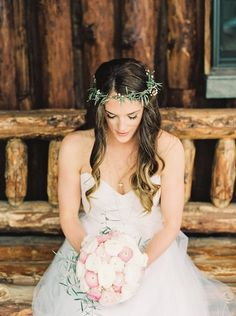 Beautiful bride - love that bouquet of pink and white ranunculus! Lauren Fair Photography | Bridal Musings Wedding Blog