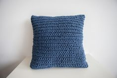 Poduszka Ciemnoniebieska