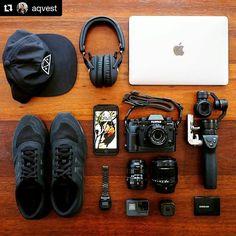 WEBSTA @ digitec_de - Denny, ein ehemaliger Mitarbeiter von uns, reist derzeit mit Sack und Pack durch Australien. Was er alles mit sich schleppt, erfährst du hier: http://digit.ec/wimb (Link in Bio) #whatsinmybag #Foto #Blogger #Fotografie #Australien #Reisen #Kamera #Ausrüstung #Fujifilm #XT2 #Apple #Marshall #GoPro #Casio #NewBalance #Samsung #DJI #Gear ・・・ #Repost von @aqvest. Dankeschön.
