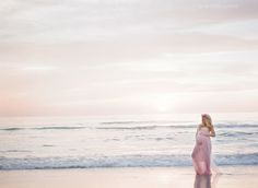 blush maternity session at the beach » Esther Louise Photography