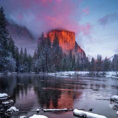 Alpenglow on El Capitan in Yosemite National Park CA [OC] [10241024] #reddit