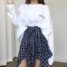 Long-Sleeve T-Shirt / Mock Plaid Shirt Mini Skirt - Anziehsache - Mini Skirt Outfit Korean Girl Fashion, Korean Fashion Trends, Ulzzang Fashion, Korean Street Fashion, Korea Fashion, Asian Fashion, Look Fashion, Fashion Design, Fashion Spring