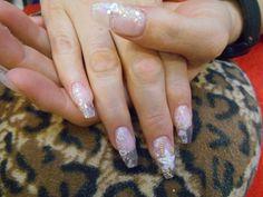 #Uñas #Cristal #Reales con una flor en #3D #LaChicaDeLasUnas #Nails #NailArt 네일 아트  Nagel Kunst  Art des ongles