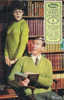 Vintage librarians, ideal models for raglan sweaters