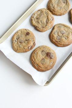 Manuela express chocolate chip cookies
