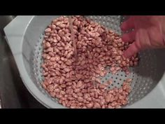 See how to cook those down home pinto beans. Low and slow gives them that great flavor that everybody loves. It's also more cost efficient to do them this way, as opposed to buying them in a can. http://crockpotrecipeexchange.com/2010/10/pinto-beans.html