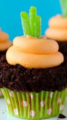 Garden Carrot Cupcakes Recipe ~ cute and easy