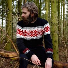 Mike Williams - full thick beard and mustache beards bearded man men mens' vintage retro style sweater winter fashion cold bearding #beardsforever