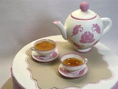 Teapot and teacups - a photo on Flickriver